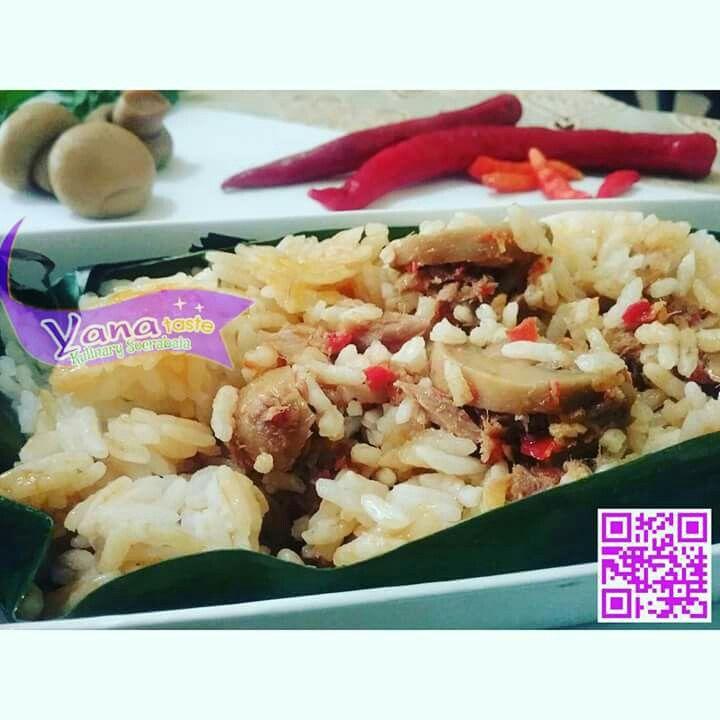Nasi bakar jamur isi tuna by Yana Taste, 1 pc 16 rb  Min order 4 pc,  order 1 hari sebelumnya  Untuk pemesanan dan info lebih lanjut langsung ke WA     : 085748435331 FB      : yana taste IG       : @yana_taste  #yanataste #kulinersurabaya #surabayakuliner #delivery#makananmurah #makananenak #foodgasm