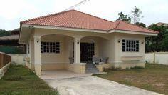 Fachadas de casas pequeñas y compactas