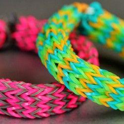 Учимся плести браслеты из резинок — 10 способов