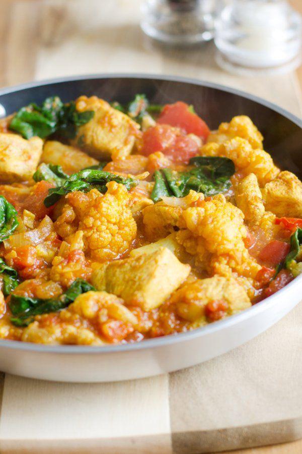 Kalorienarm und lecker: Hühnercurry mit viel Gemüse   – Gerichte