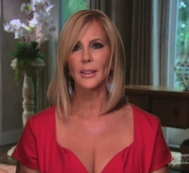 Vicki Gunvalson's Turquoise Earrings with her Red Dress | Big Blonde Hair : Big Blonde Hair http://www.bigblondehair.com/real-housewives/rhoc/vicki-gunvalsons-turquoise-earrings-red-dress/