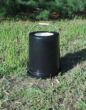 5-gallon-bucket-hot-water-heater~don't know how this one works, but need to plan for hot water makers