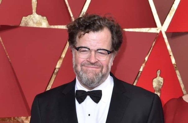 """Kenneth Lonergan On 'Manchester' Oscar Original Screenplay Win: A """"Movie About People Trying To Take Care Of Each Other"""""""