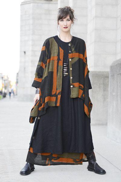 Square Dress in Black Roma