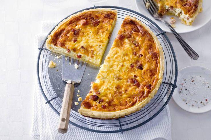 Deze Franse quiche met spek en kaas is niet voor niets beroemd - Quiche lorraine - Recept - Allerhande