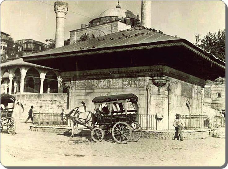 1920'lerde Üsküdar, sultan 3. Ahmed çeşmesi