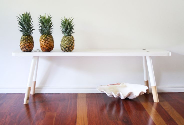 Babanees Bench - White