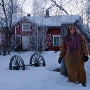 Milla Magia hat ein wunderschönes Haus im Dorf Kaukonen, Kittilä, im finnischen Lappland.