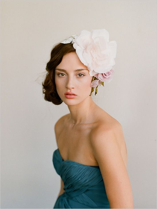 learn how to make this diy wedding hair piece in the new book Adornments by @Kim @ {Twigs and Twirls} & Honey photographed by @Elizabeth Lockhart Messina