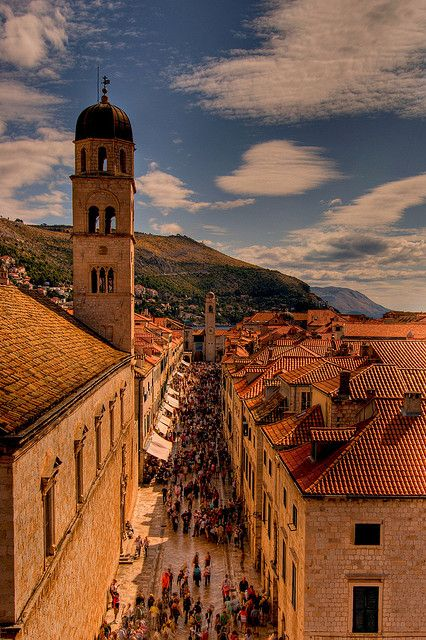 Weekend at Stradun - Dubrovnik, Croatia  | by © Papafrezzo | via sevenseassailed