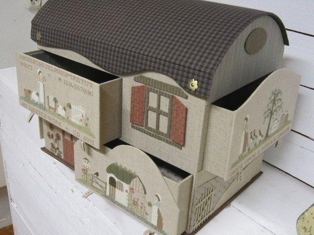 Maison en carton et point de croix, Superbe!*