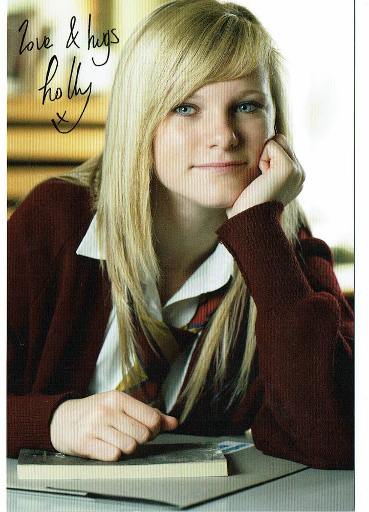Holly Kenny Actress Waterloo Rd Hand signed Photograph 6 x 4 Signed to back