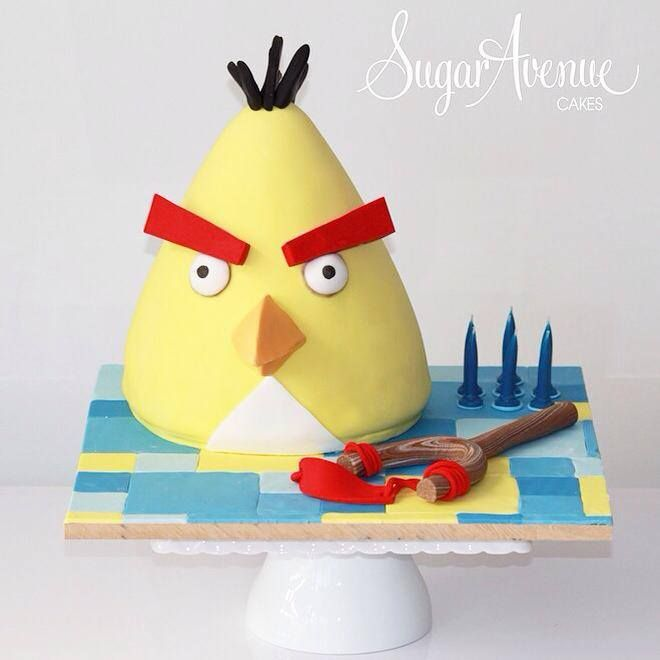Angry Bird Cake. This is 3D Chuck the bird here :)