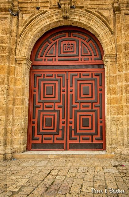 Door of Symetry by Peter L Barker, via Flickr  Cartagena, Colombia