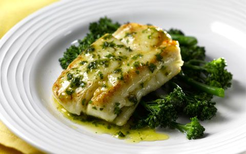 Pan fried hake with lemon butter sauce for Lemon fish sauce recipe
