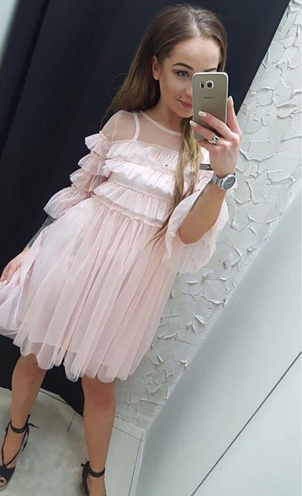 Sukienka różowa tiulowa falbanki rozkloszowana