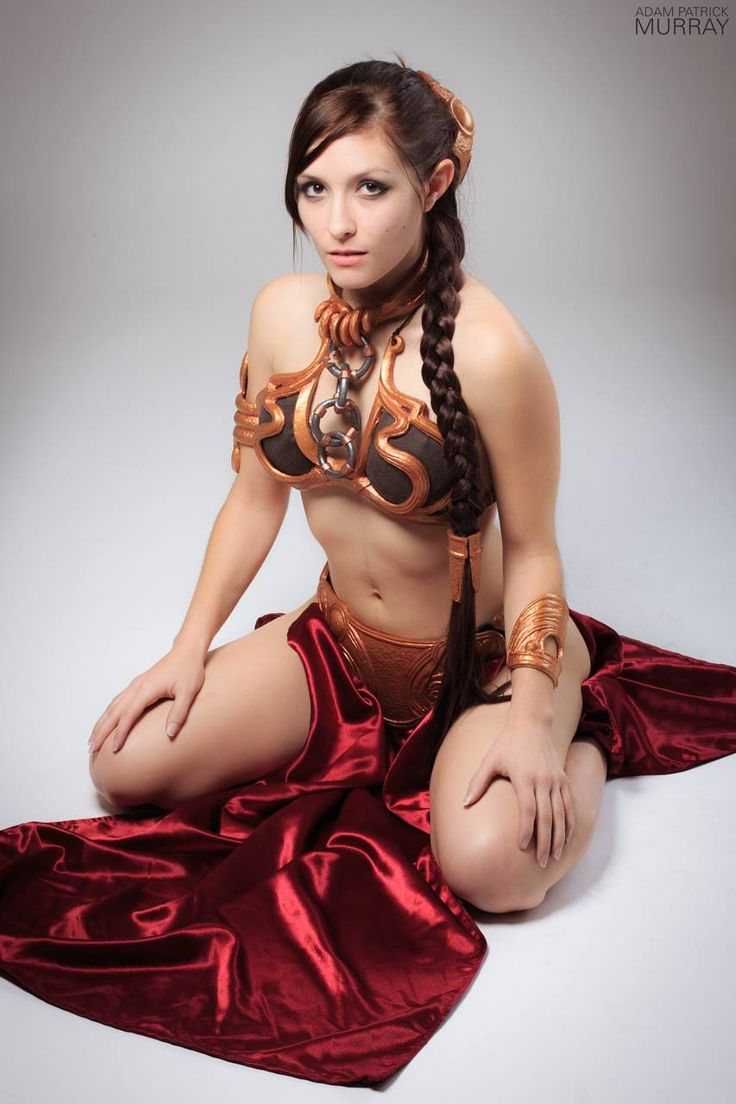 Star wars slave leia cosplay