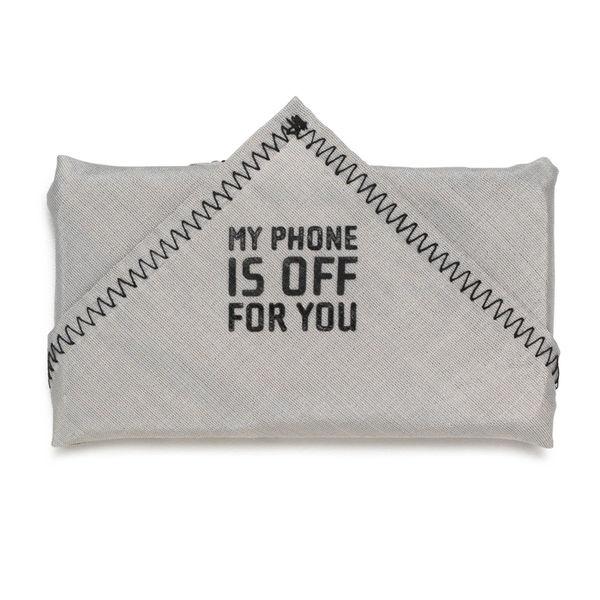 Phonekerchief blocks signal