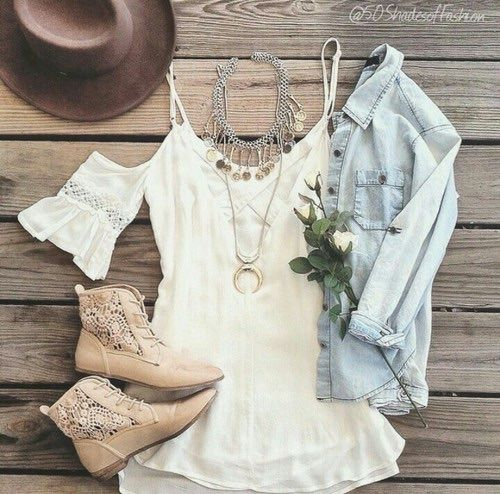 so sweet outfit idea, I love the shoes with lace pattern