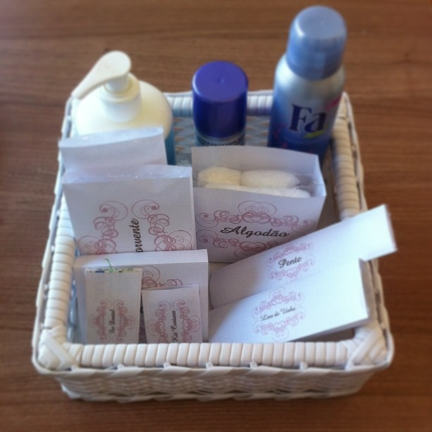 Kit toilette...: For Marriage, Different For