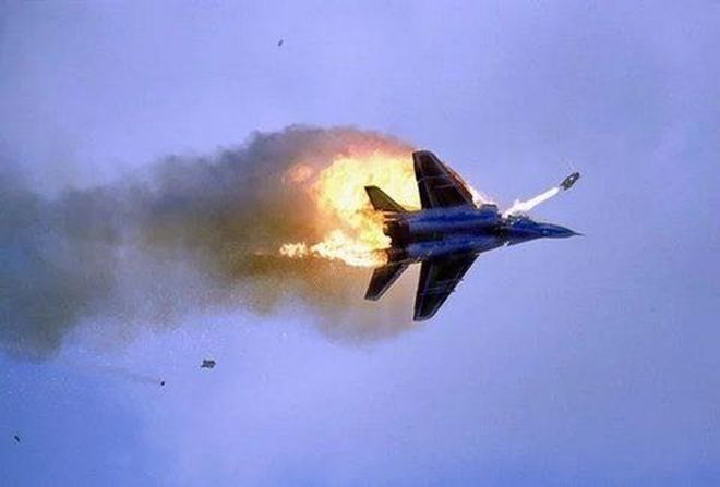 BINTEO – ΣΟΚ: Εικόνες ΜΕΣΑ από το ρωσικό αεροσκάφος, λίγο πριν τη συντριβή του!