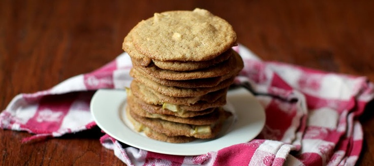Baked Apple Cinnamon Cashew Cookies
