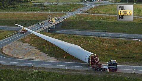 Ne kadar zahmetli olsa da sonucu güzel, doğa kirlenmeden kalıyor #rüzgarenerjisi #rüzgar #enerji