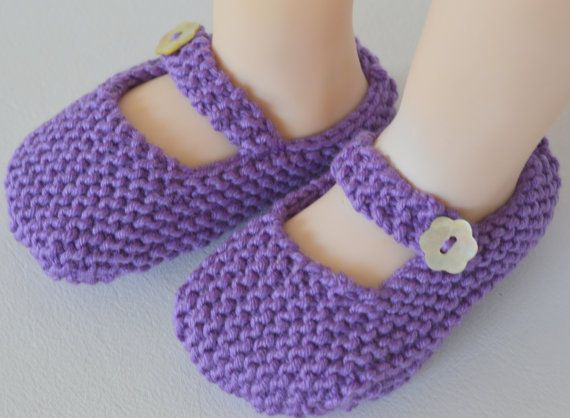 Baby Shoes, Toddler Shoes, Mary Jane Shoes, Knitted Baby Booties, Size 6 to 12 Months, Purple Girls Shoes, Crochet Infant Shoes