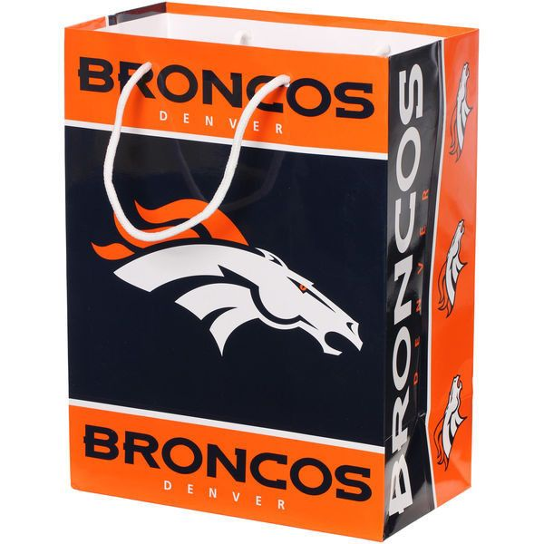 Get in the match this season with this particular Denver Broncos gift bag. It features high quality Denver Broncos images.