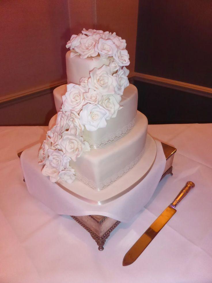 Chocolate Fountain Hire Fareham Wedding Cake Cakes Pinterest Fountains And