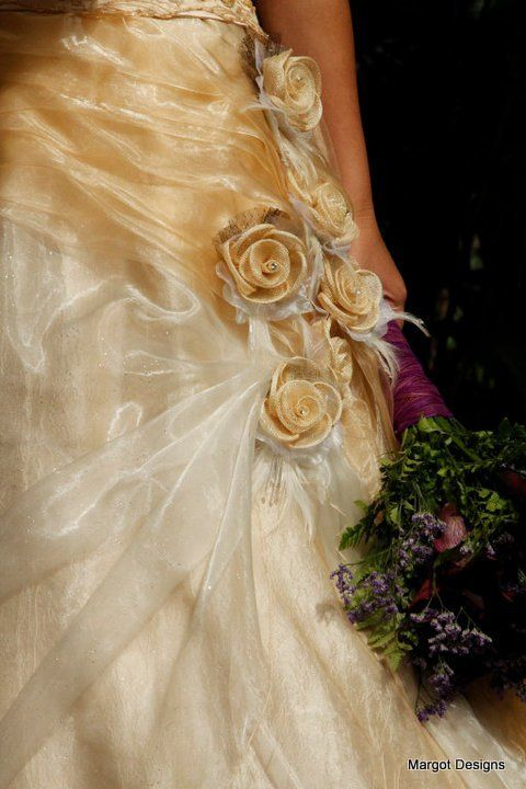 Pleated organza with weaved flowers