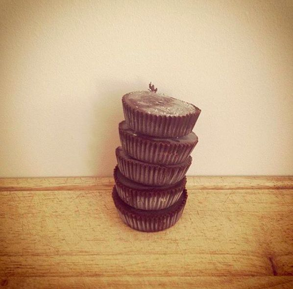 Healthy Peanut Butter Cups  Healthier version on Reese's peanut butter cups !