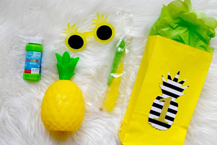Cute party favors for a pineapple party!