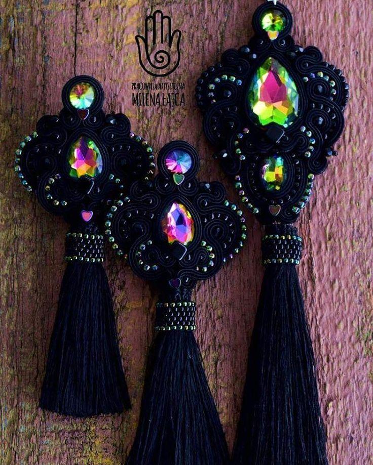 Set with rainbow <3 #rainbow #tęcza #tecza #set #komplet #earrings #kolczyki #pendant #wisior #naszyjnik #black #czarny #crystals #kryształy #toho #chwost #handmade #rekodzielo #jewellery #jewelery #bizuteria #soutache #sutasz