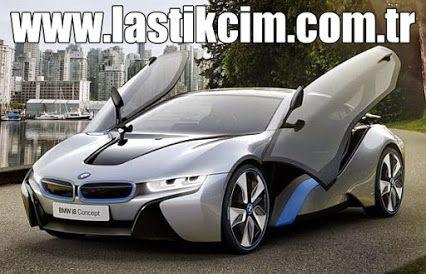 2013 yılı itibari ile ön siparişe açılan BMW i8'in seri üretimi Nisan ayında başlayacağı duyuruldu. Leipzig'teki BMW Group tesisinde BMW İ8'in üretim için son hazırlıklarının tamamlandığı açıklandı. BMW i8'e oldukça fazla talep olması sebebiyle üretim planı ek kapasiteyi bile aşmış durumda.