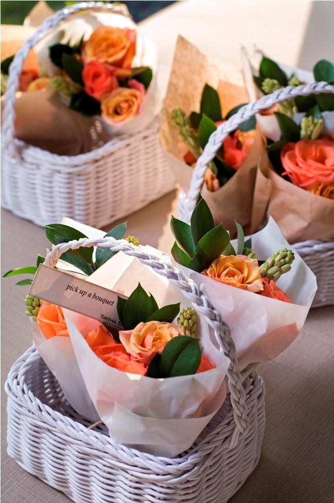 Flower favor in baskets by Tirtha Bridal Uluwatu Bali
