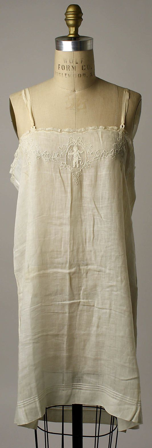 Chemise Date: 1920–23 Culture: French Medium: [no medium available] Dimensions: [no dimensions available] Credit Line: Gift of Mrs. Aline Bernstein, 1946 Accession Number: C.I.46.80.1a, b