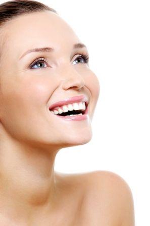 Huile pour le visage - Découvrez notre sélection d\'huiles anti-âge pour le visage qui réparent et subliment la peau.