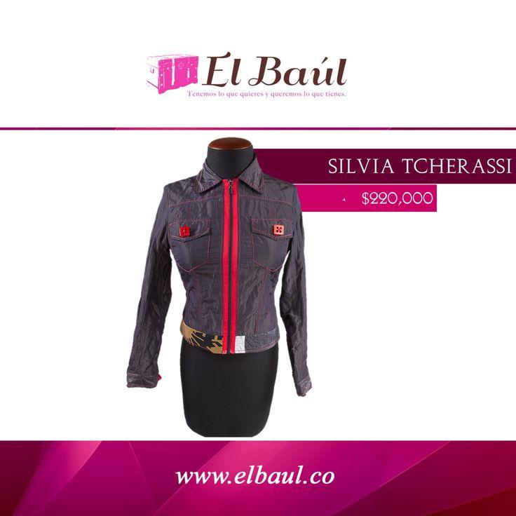 @SilviaTcherassi ha diseñado incluso para Claudia Schiffer, Izabel Goulart   $220,000  http://elbaul.co/Productos/1288/Silvia-Tcherassi-chaqueta-morada/rojo-