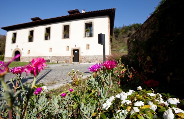 Hotel Palacio de Arriba. Mieres. Asturias. Bien de Interés Cultural.