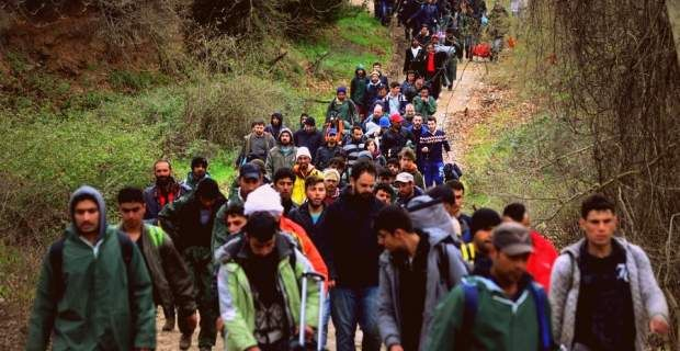 Διεθνείς οίκοι: Πώς οι μετανάστες ωφελούν την εθνική οικονομία
