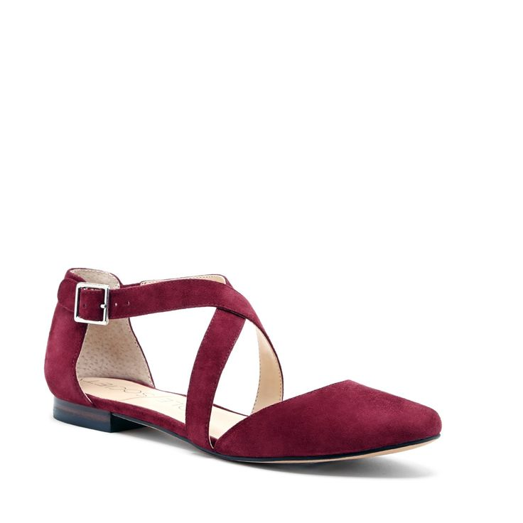 Awesome burgundy flats, might have to get a pair of these!