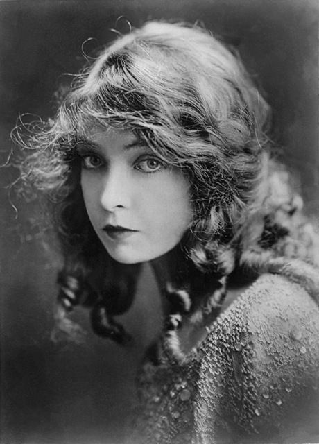 Lillian Gish ~ Silent movie actress. She had a sort of fragile beauty about her. Innocence personified.