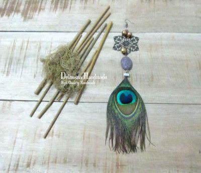 Beautiful handmade earring brooch for hijab, I like to use this special peacock for special days :) IDR 65.000   #BROOCH #peacock #earring #brosainting #brosjuntai #hijab #brosjilbab #hijup #handmade #diy #craft #pins #hijabaccessories #hijabpin #jualbros #brosunik