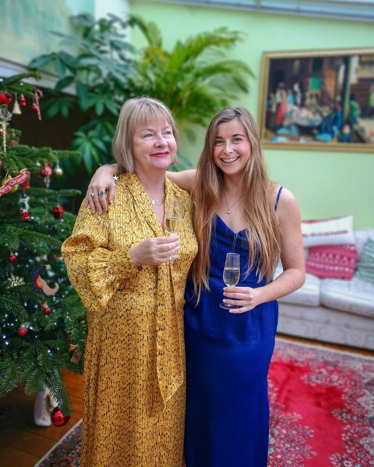 Very Happy Birthday To My Mamma, The Most Elegant, Strong