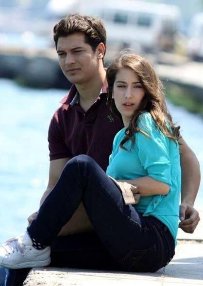 cagatay ulusoy and hazal kaya relationship goals