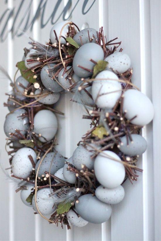 Não pode faltar uma coroa de ovos na decoração da Páscoa   Eu Decoro