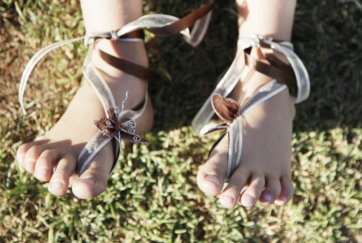 Flower Girl's feet. Photographer: Erika Turvey @ MakeBelievePhotography