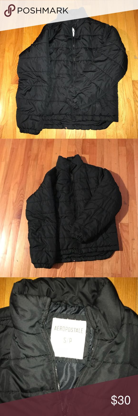 Aeropostale Black Puffer Jacket Very warm puffer! Perfect winter coat! Keeps out all weather Aeropostale Jackets & Coats Puffers