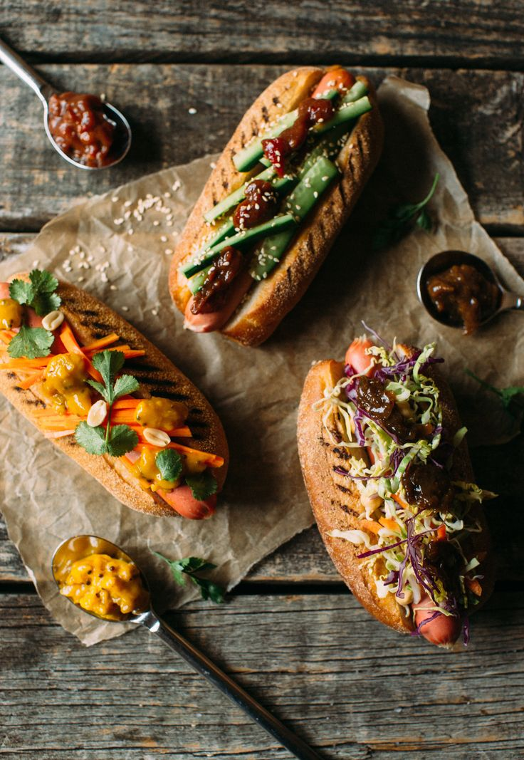 Enjoy gourmet hot dogs at home! We've created some simple yet delicious filling ideas, topped off with our New Yorker Mustard.
